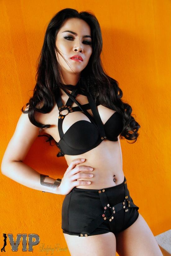 Ladyboy-Escort-Jennie-33